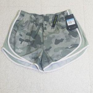 New Nike shorts camo M